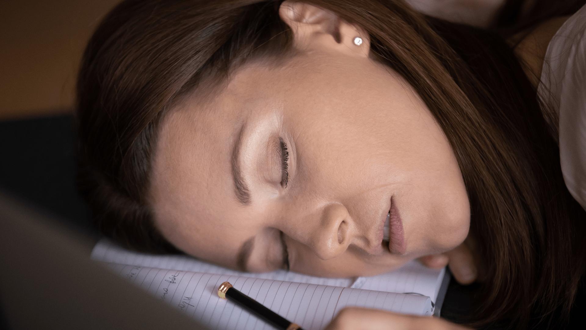 Was ist Narkolepsie - Ursachen und Diagnose