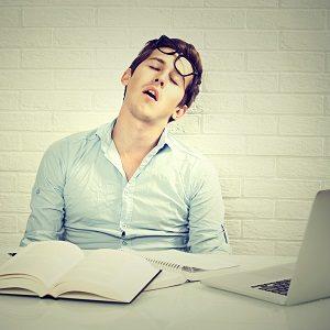 was schlafmangel 300x300 - Schlafmangel: Ist Schlafentzug gefährlich?