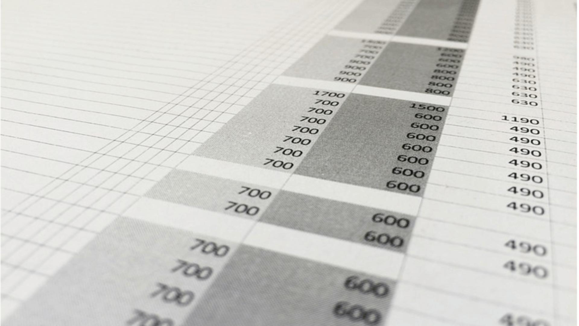 Wie kann man in Excel Zellen zusammenführen und teilen?