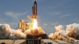 test der sls triebwerke 300x169 - Die NASA wird am 21. Februar einen neuen Test der SLS-Triebwerke an der leistungsstärksten Trägerrakete der Welt durchführen