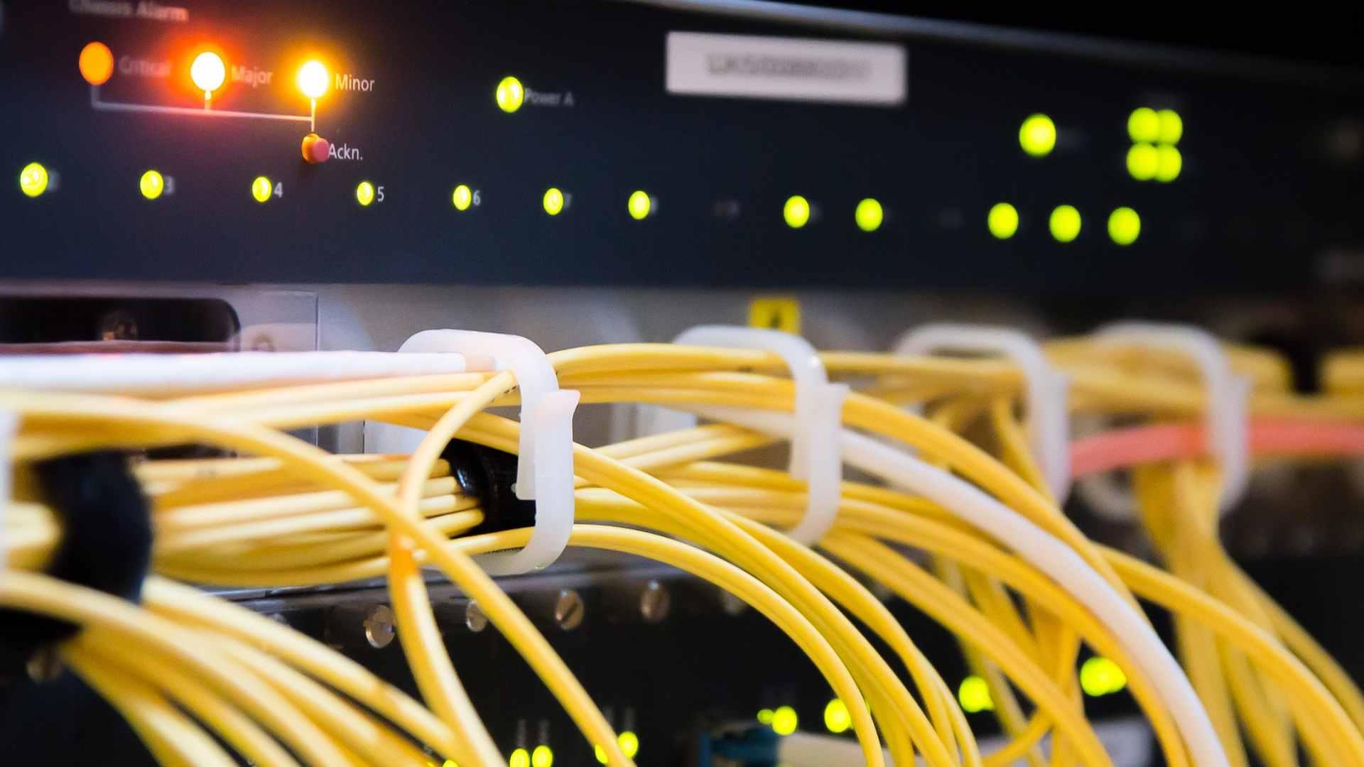 Polymer in Kabeln steigert die Datenübertragung