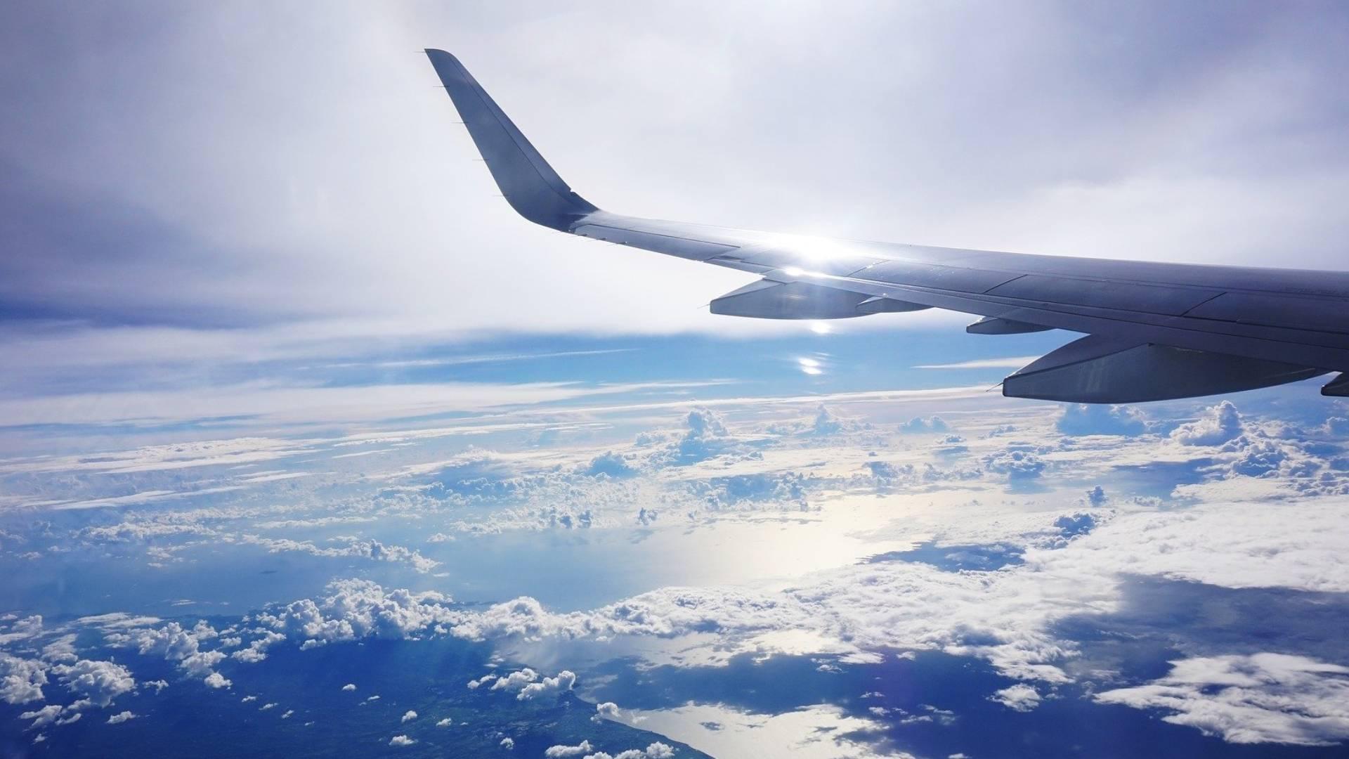 Aerion: Flugzeug mit Überschallgeschwindigkeit für 50 Passagiere