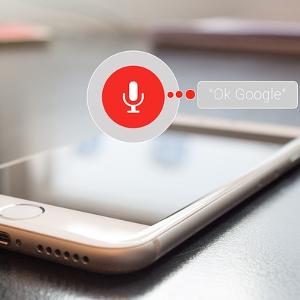 """So aktiviere ich den Sprachbefehl """"Ok Google"""" auf Android und iOS"""