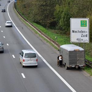 Verhalten bei einer Panne auf der Autobahn