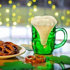 st patricks day in irland 300x300 - Geschichte: Was ist der Ursprung des St. Patrick's Day?