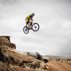 Vollgefederte vs. Hardtail: Welches Mountainbike ist besser?