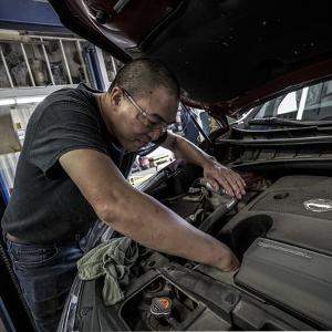 Wartung des Autos mit LPG