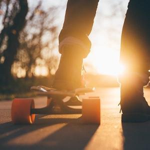 Wie wähle ich ein Elektro-Skateboard: wichtige Tipps