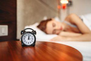 bett zum schlafen da 300x200 - Chronische Schlaflosigkeit: Kognitive Verhaltenstherapie als beste Behandlung