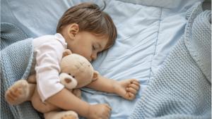 Was ist die ideale und beste Schlafenszeit für Kinder?