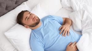 Kann man eigentlich mit offenen Augen schlafen?
