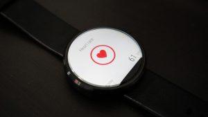 smartwatch herz uberwachen 300x169 - Kann eine Smartwatch das Herz überwachen?
