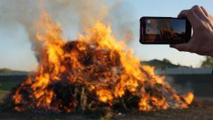 Wie vermeide ich, dass mein Handy heiß wird?
