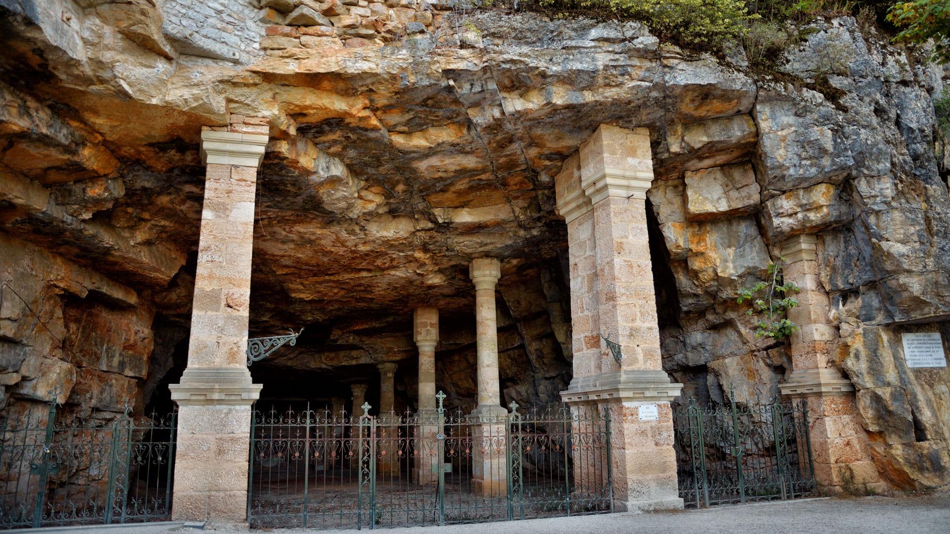 Was kann man eigentlich in den Höhlen von Rocamadour sehen?
