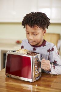 Comment évaluer un Russell Hobbs toaster Luna ?