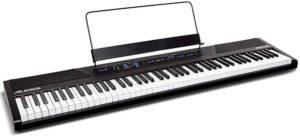 Quelles sont les caractéristiques du piano numérique Alesis Recital ?