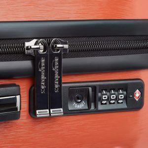 Maniabilité et accessoires extérieurs de la valise