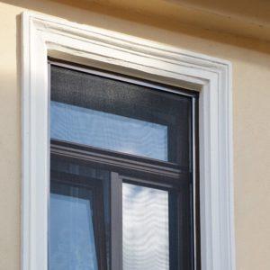 Définir une moustiquaire pour fenêtre à cadre fixe ?