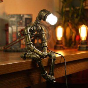 Le type lampe de bureau à pince