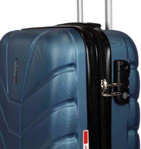 Comment tester la coque d'une valise de voyage à roulettes ?