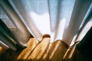 À quoi faut-il veiller lors de l'achat d'un rideau voilage ?