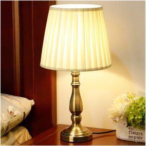 Le type de Lampe de chevet classique