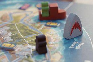 Le thème d'un jeu de stratégie dans un comparatif