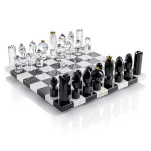 Le type de matériau d'un jeu d'échecs dans un comparatif