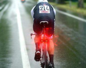 Évaluation du feu arrière de vélo B2-110 Lumens DONPEREGRINO