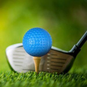 Le design d'une balle de golf dans un comparatif gagnant