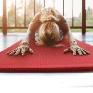Les meilleures alternatives à un tapis de sol fitness dans un comparatif gagnant