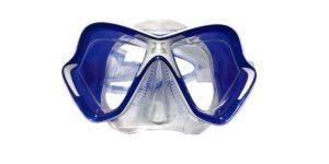 Les verres d'un masque de plongée dans un comparatif