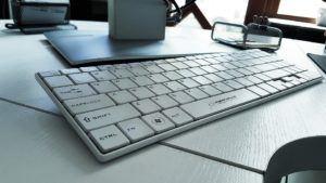 Quels sont les avantages des claviers sans fil ?