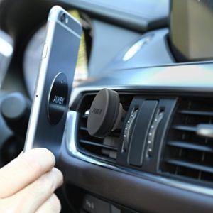 Quels sont les avis sur Aukey support téléphone magnétique ?