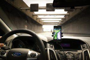 Comment tester les supports téléphone voiture ?