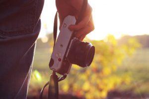 Où dois-je plutôt acheter mon appareil photo hybride ?