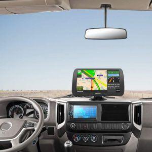 Quels sont les avantages et domaines d'application d'un navigateur GPS ?