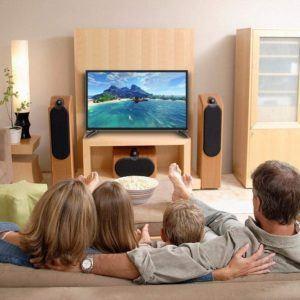 Internet ou commerce spécialisé : où dois-je plutôt acheter une télévision écran plat ?