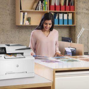 Qu'est-ce qu'une imprimante laser couleur mono-fonction ?